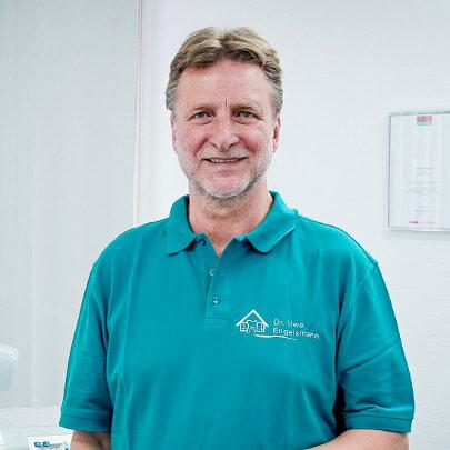 dr-uwe-engelsmann-zahnaerzte-am-museum-molfsee-kiel-implantologe
